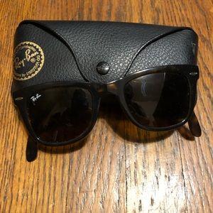 Accessories - RAY BANS wayfarer sunglasses